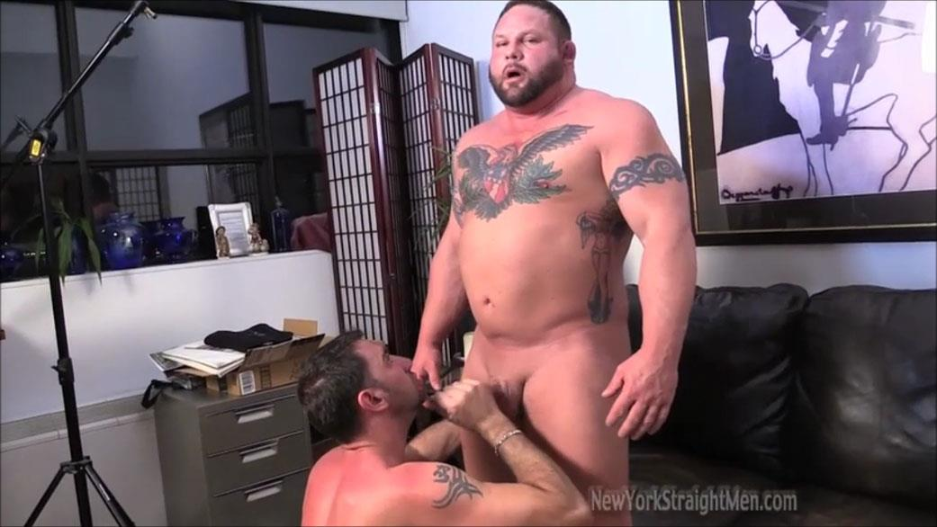 New York Straightmen Magnus Straight Chubby Bodybuilder Getting Gay Blowjob Amateur Gay Porn 17 Straight Chubby Bodybuilder Magnus Gets A Blowjob From A Gay Guy