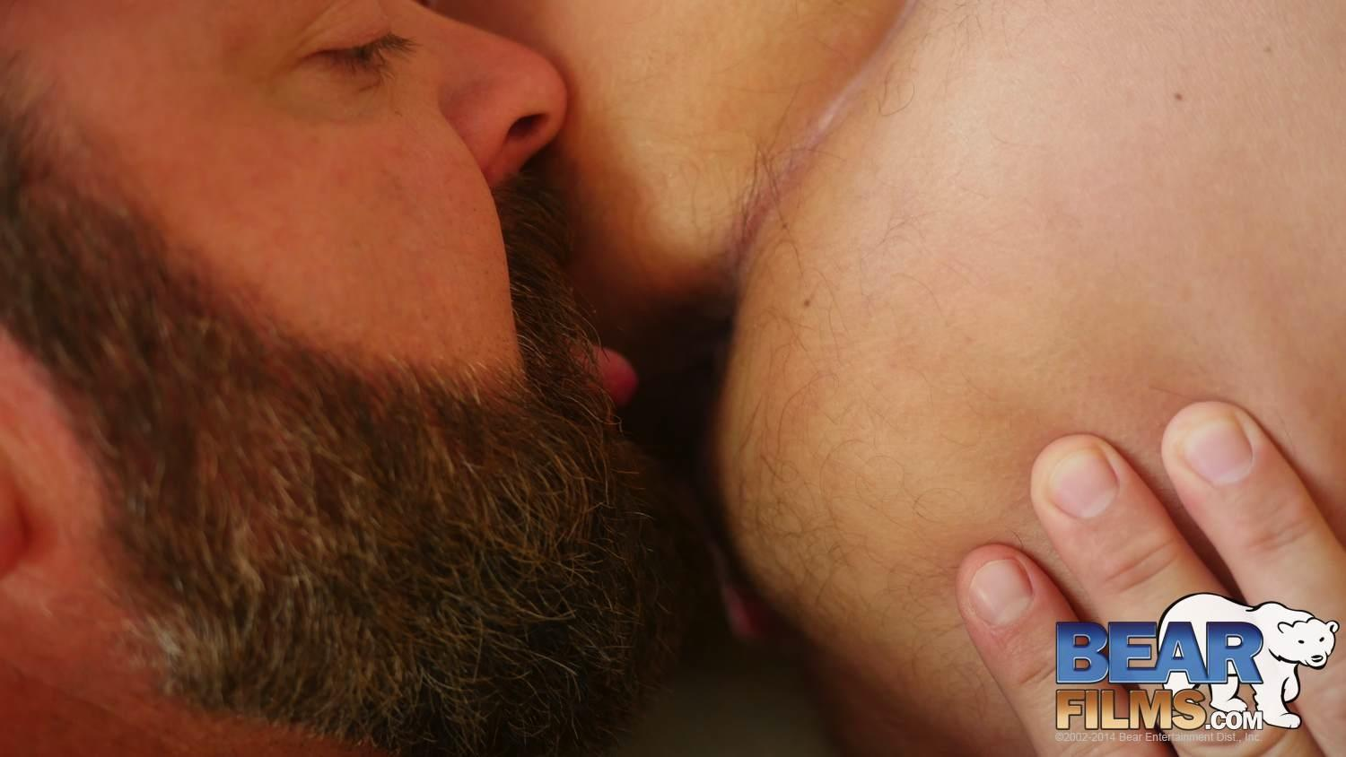 Bear Films Kroy Bama and Cooper Hill Hairy Chubby Bears Fucking Bearback Amateur Gay Porn 22 Hairy Chubby Bears Kroy Bama and Cooper Hill Raw Fucking