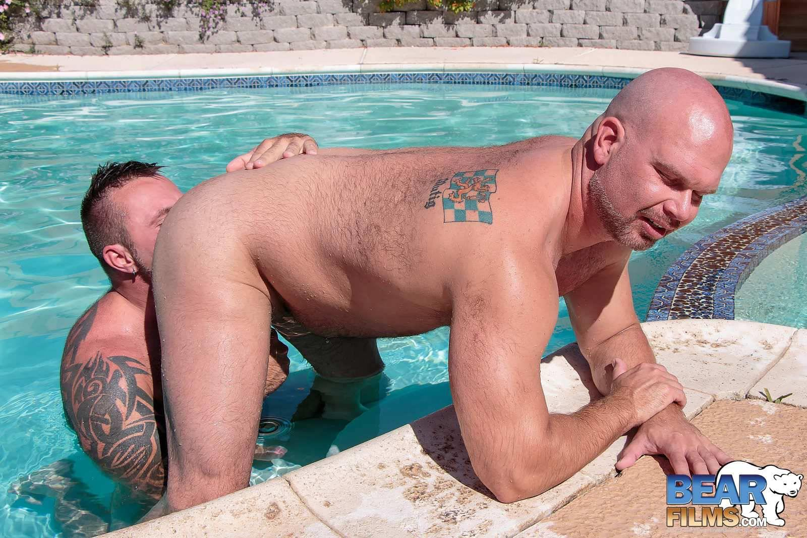 Bear Films Marc Angelo and Wade Cashen Hairy Muscle Bears Fucking Bearback Amateur Gay Porn 10 Hairy Muscle Bears Fucking Bareback At The Pool