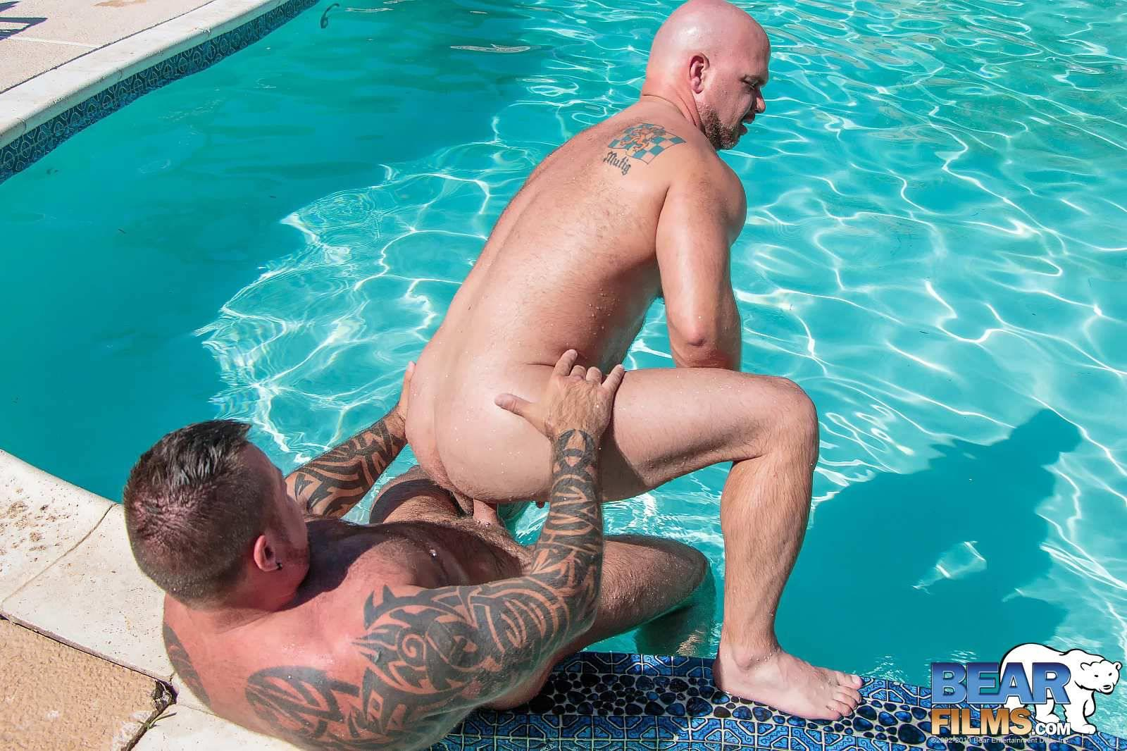 Bear Films Marc Angelo and Wade Cashen Hairy Muscle Bears Fucking Bearback Amateur Gay Porn 16 Hairy Muscle Bears Fucking Bareback At The Pool