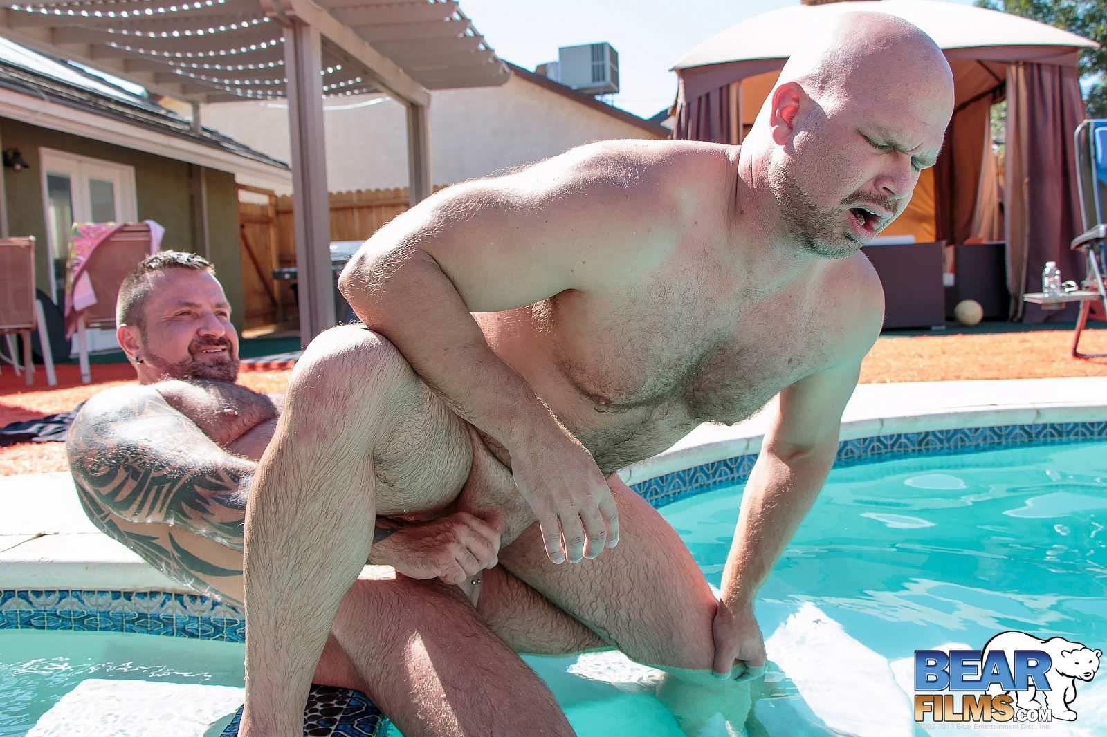 Bear Films Marc Angelo and Wade Cashen Hairy Muscle Bears Fucking Bearback Amateur Gay Porn 17 Hairy Muscle Bears Fucking Bareback At The Pool