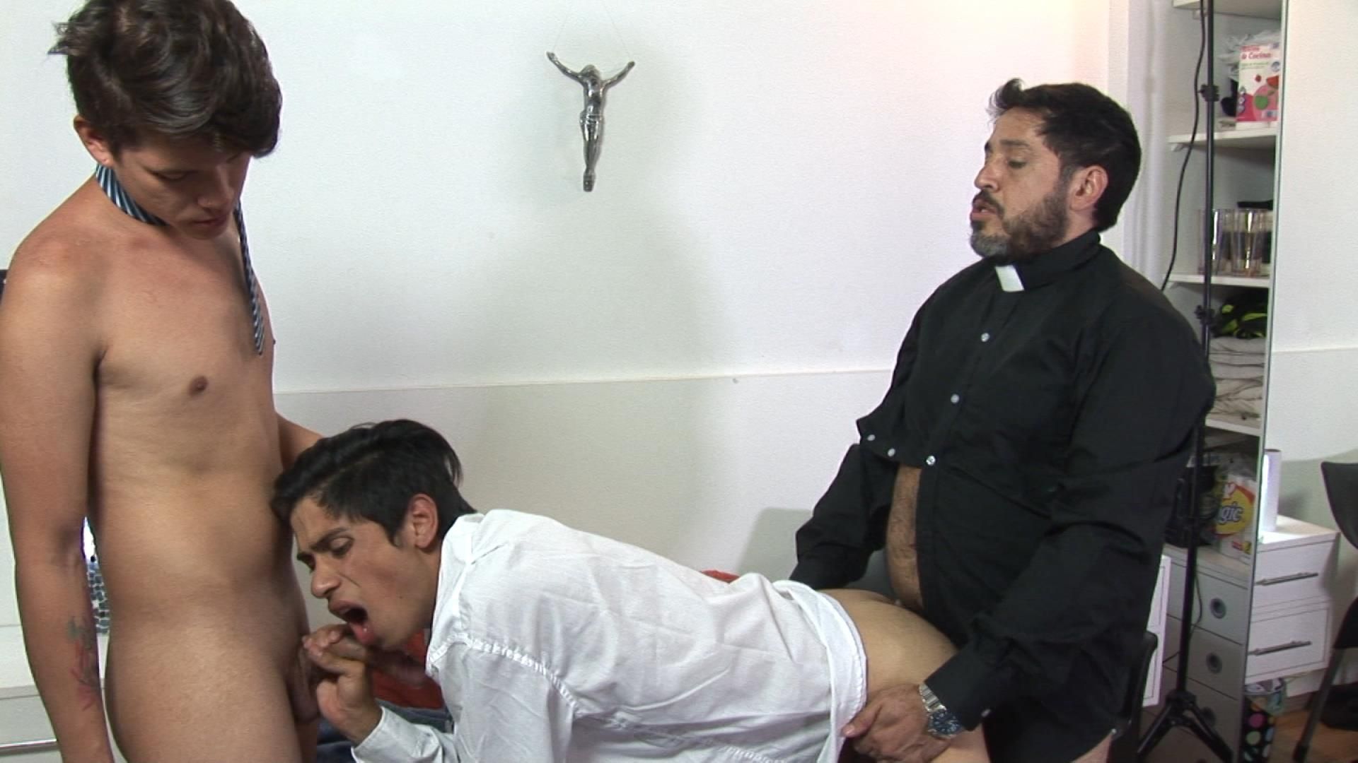 Bareback-Me-Daddy-Gay-Priest-Fucking-College-Students-21 Latin School Twinks Get Fucked By Their Older Catholic Priest
